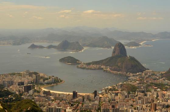 View of Pão de Açúcar from Cristo Redentor (Rio de Janeiro).